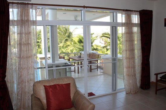 Blue Lagoon Resort Hua Hin: lounge and patio
