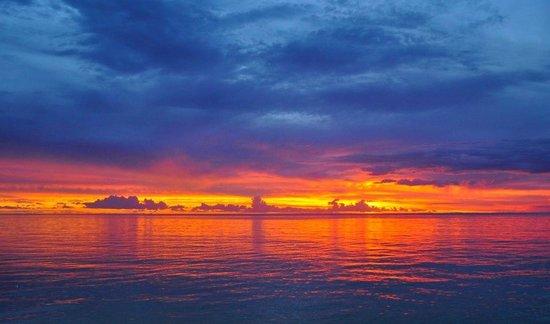 Le Vasa Resort: stunning sunset