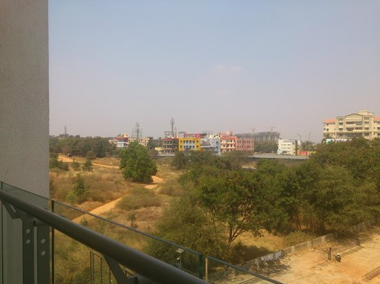 DoubleTree Suites By Hilton Bangalore : View from balcony