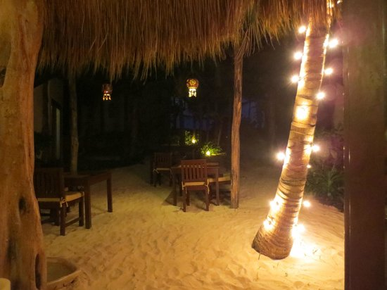 Encantada Tulum : evening dining
