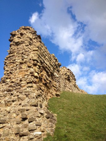Hastings Castle: An aspect of the ruins.