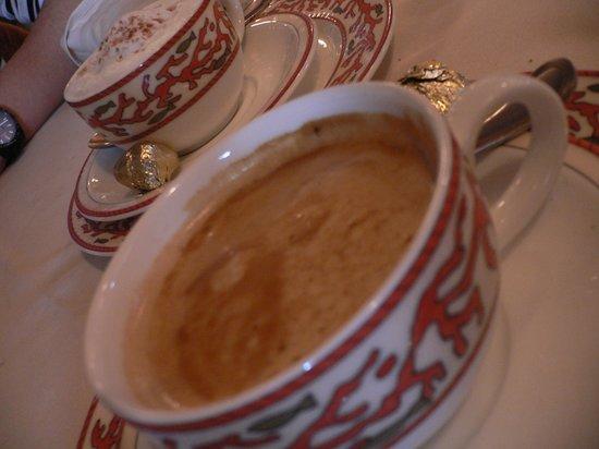 Le Bar a Huitres Montparnasse : 食後にコーヒーも注文
