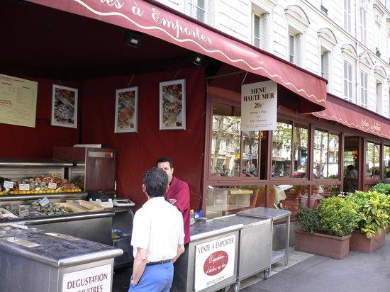 Le Bar a Huitres Montparnasse : 店頭