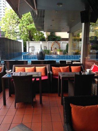 Adelphi Suites Bangkok : Breakfast à l'Adelphi