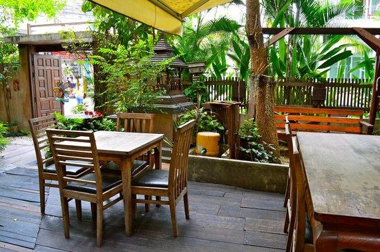 Ban Kong Rao: Hotel Lobby Area