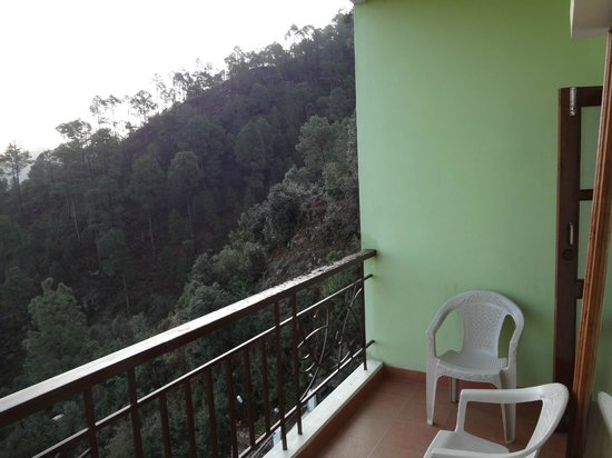 Pratiksha Himalayan Retreat : View from the Luxury room balcony_3