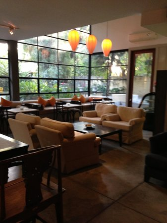 Aka Casa: Lobby/waiting or sitting area