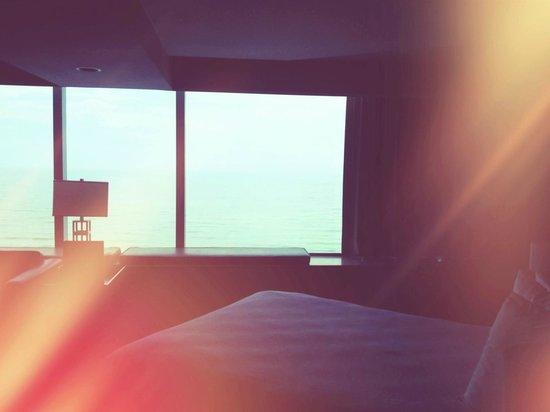 Atlantic Palace Suites: Номер