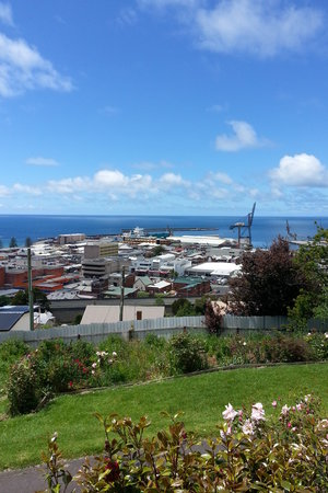 The Burnie Backpackers : Burnie Backpackers has a great view looking down over Burnie