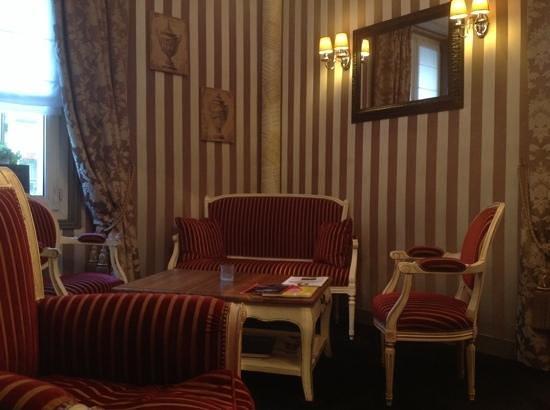 Hotel Claridge: sala biblioteca