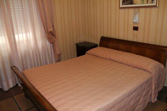 Hotel La Pace: Habitación