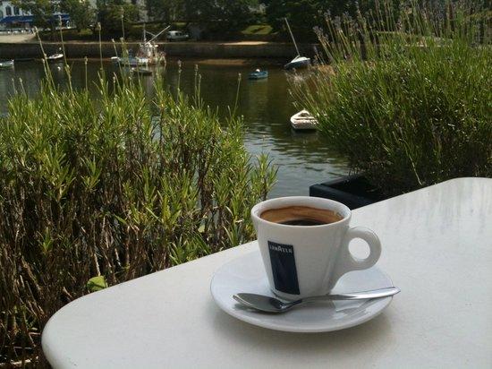 Cafe de la cale: Perfect espresso in a sublime location