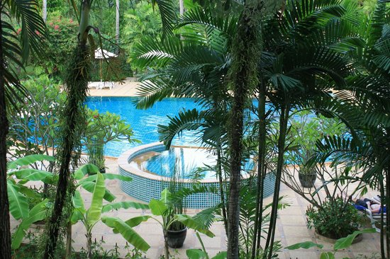 Duangjitt Resort & Spa: The smallest of the three pools is also the deepest.