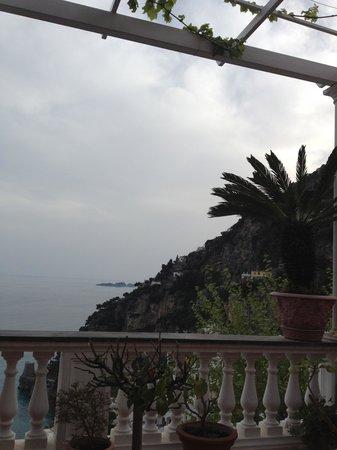Hotel Villa Gabrisa : вид с террасы
