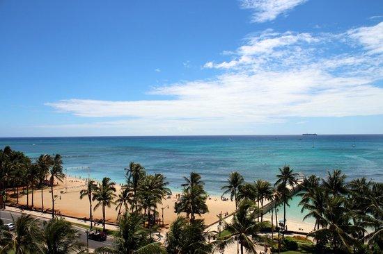 Park Shore Waikiki : オーシャンフロントの部屋からの眺め