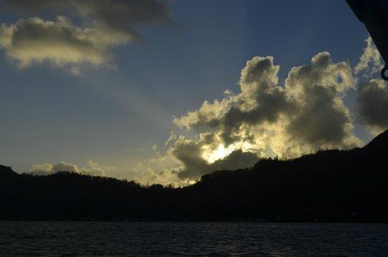 InterContinental Bora Bora Resort & Thalasso Spa: Sunsets