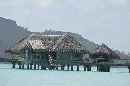 InterContinental Bora Bora Resort & Thalasso Spa: Our bungalow!