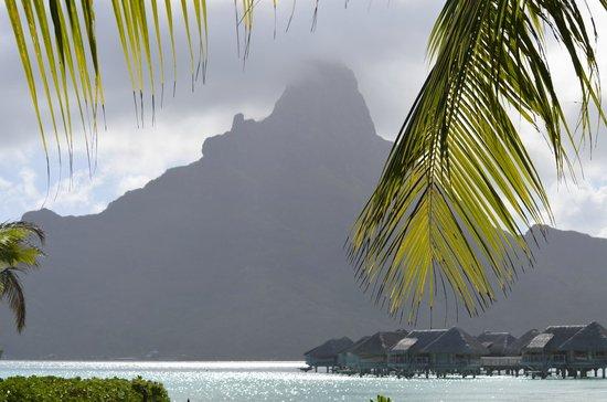 InterContinental Bora Bora Resort & Thalasso Spa: Mt Otemanu