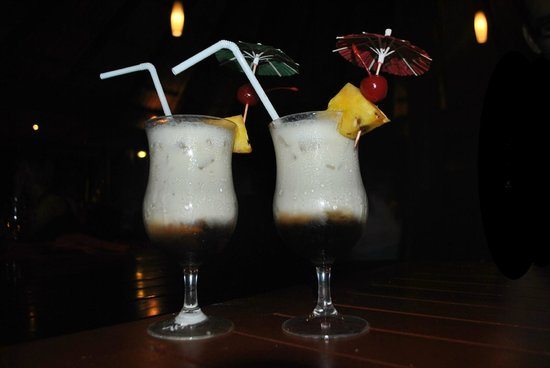 Outrigger Fiji Beach Resort: yummy banana cocktails