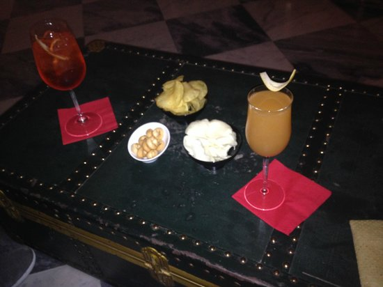 Borghese Palace Art Hotel: Cocktails