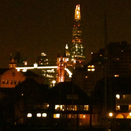 Hamlet UK Ltd. Apartments: The view from the balcony (Tower Bridge and The Shard)