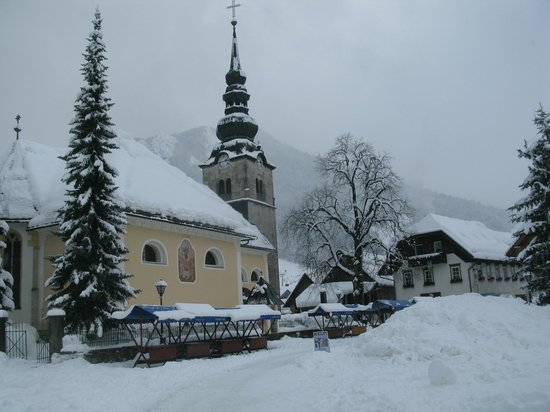 Ramada Hotel and Suites Kranjska Gora: The vilage by the hotel