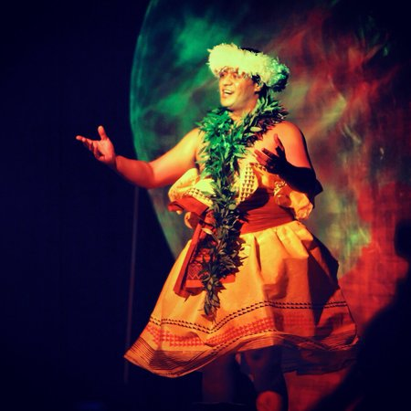 Pacific Beach Hotel: New hotel Polynesian dinner show in grand ball room. Te Moana Nui, tales of the pacific.