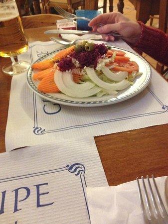 Hostal Guadalupe: salad