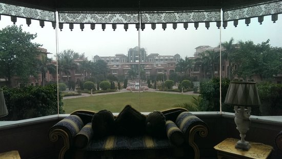 Orient Taj : View from waiting area