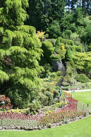 The Butchart Gardens: Butchart Gardens in June - staircase looked better on Pinterest...