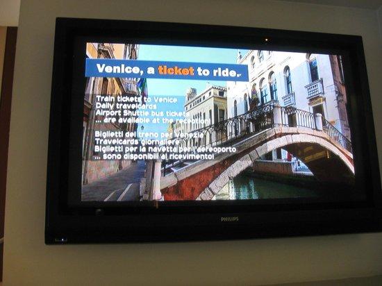 BEST WESTERN PLUS Hotel Bologna - Mestre Station: Hotel Vi fornira' i tickes per Venezia : richiederLi