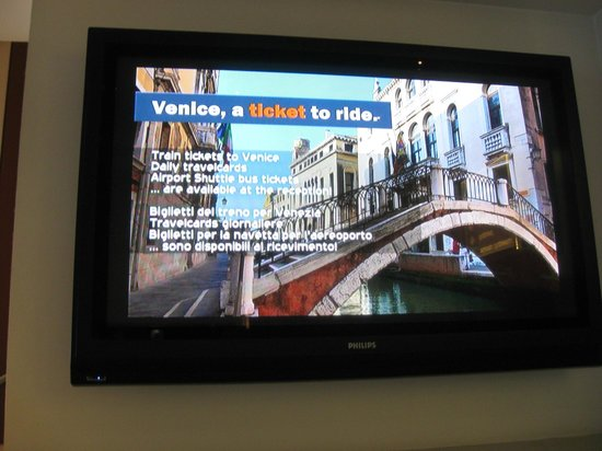 Best Western Plus Hotel Bologna : Hotel Vi fornira' i tickes per Venezia : richiederLi