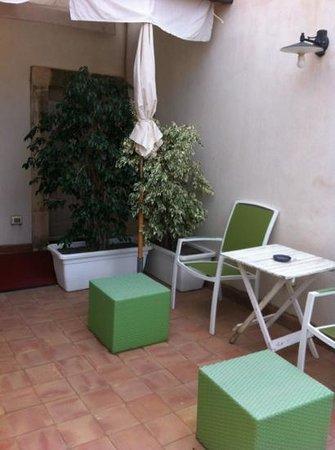 Palazzo del Sale: giardinetto camera