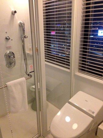 remm Shin Osaka : Bathroom without tab