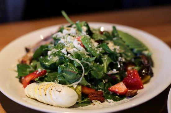 Cactus Club Cafe: green salad