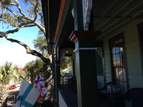 Florida House Inn : View from the front terrace