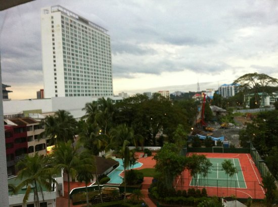Hilton Kuching : room without the riverview