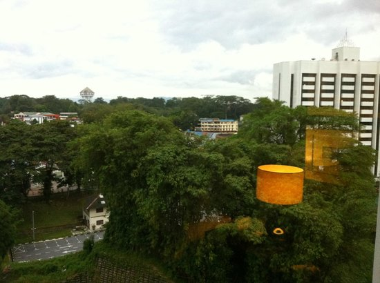 Hilton Kuching : room without a riverview