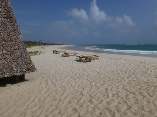 Ras Kutani: Miles of beautiful beach