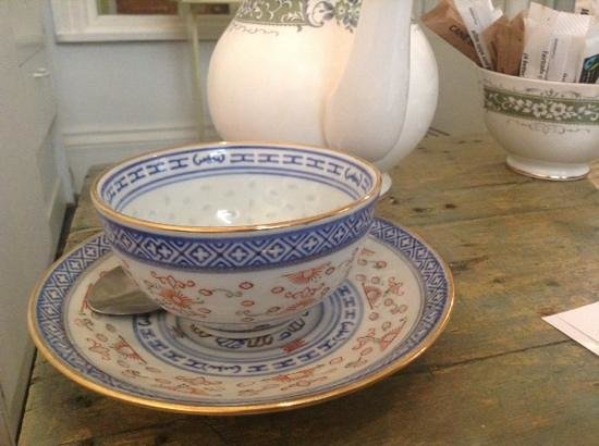The Lost & Found Cafe & Vintage Shop: A lovely pot of Darjeeling