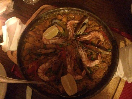 Ole Madrid : Fisch - Paella