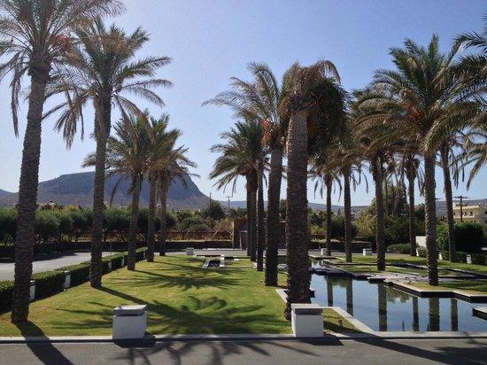 Amirandes, Grecotel Exclusive Resort: Территория для въезда в отель