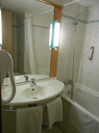 Ibis Perpignan Centre : Baño