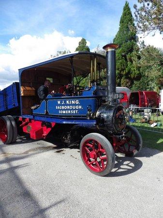 Twyford Waterworks: tasker steam waggon at a event day