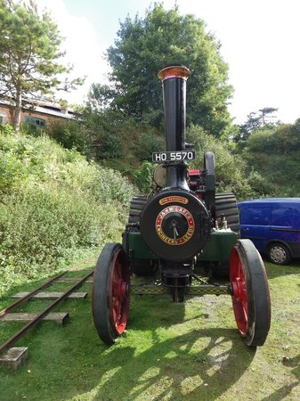 Twyford Waterworks: mclaren traction engine at a event day