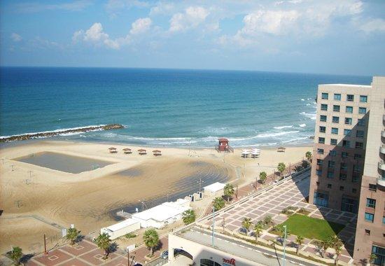Leonardo Plaza Hotel Haifa: Вид из номера