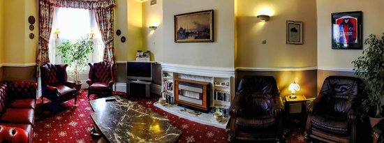 The Talbot Hotel: Residents Lounge