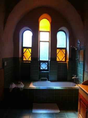 Al Moudira Hotel: Notre salle de bains