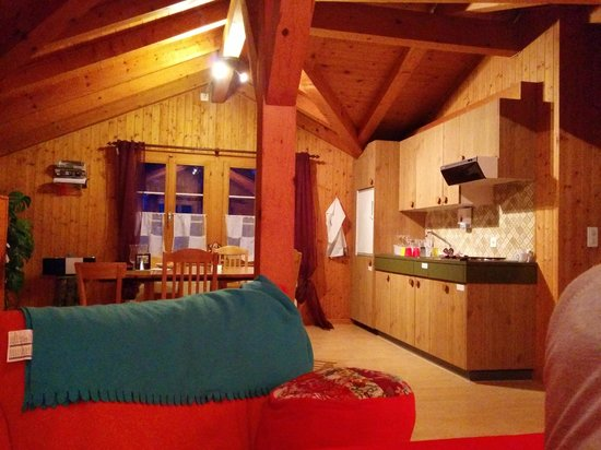 Gasthaus Alpina: living room