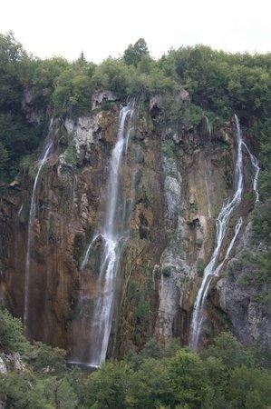 Plitvice Lakes National Park : Wonderful waterfall